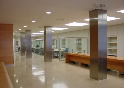 Oficina de empleo de Sagunto. Adaptación a la imagen Servef 2004