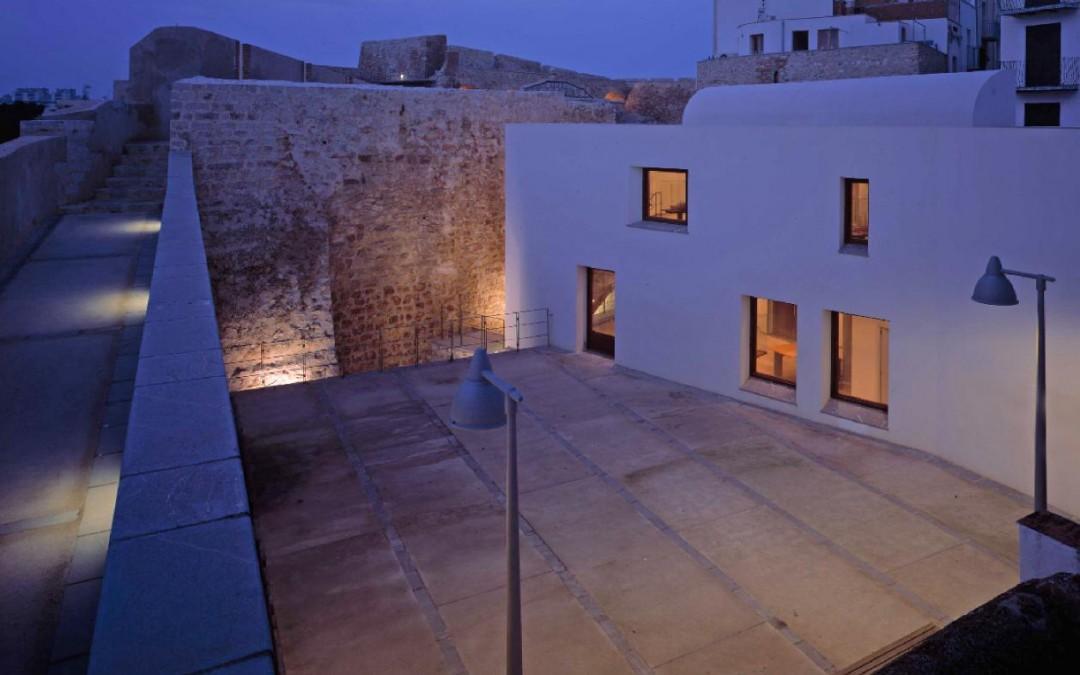 Casa del Agua de Peñíscola. Centro de recepción de visitantes  1998-2005