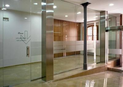 Oficina de empleo de Carcaixent. Adaptación  a la imagen Servef  2004
